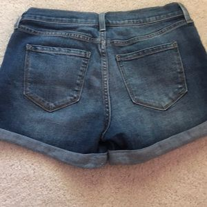 Old Navy Shorts - Old Navy distressed jean short